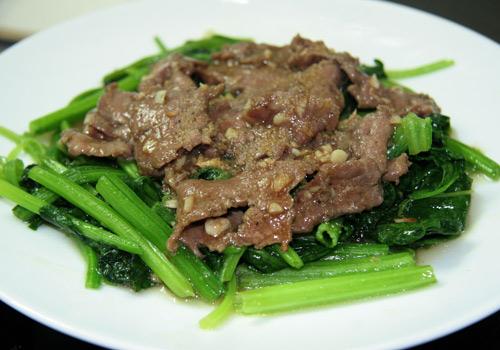 Cách làm thịt bò xào rau cải ngon tuyệt hảo