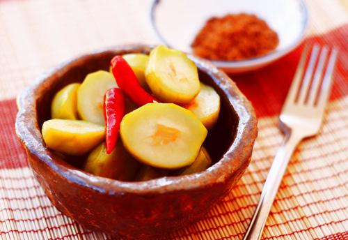 Cách làm món cóc ngâm chua ngọt ăn vặt ngay tại nhà