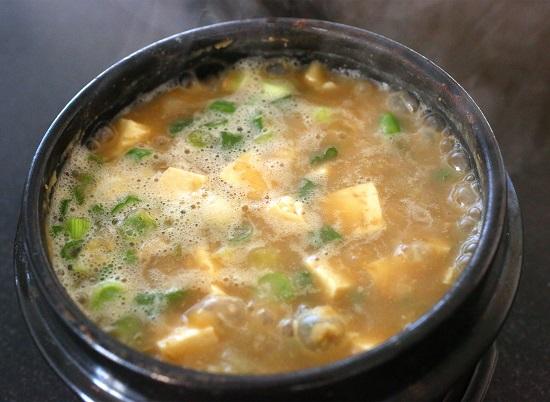 Cách nấu canh đậu tương lên men Hàn Quốc ngon không thể chối từ