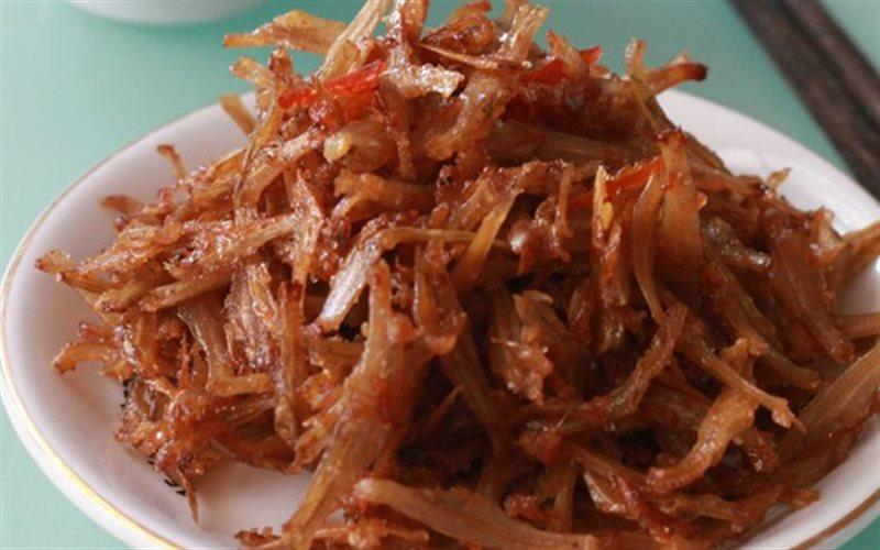 Cách làm cá khô xào chua ngọt đậm đà đưa cơm