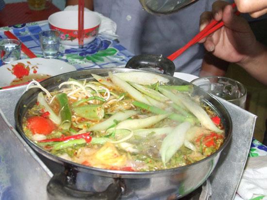 Cách nấu lẩu cá quả dọc mùng ngon lạ lùng
