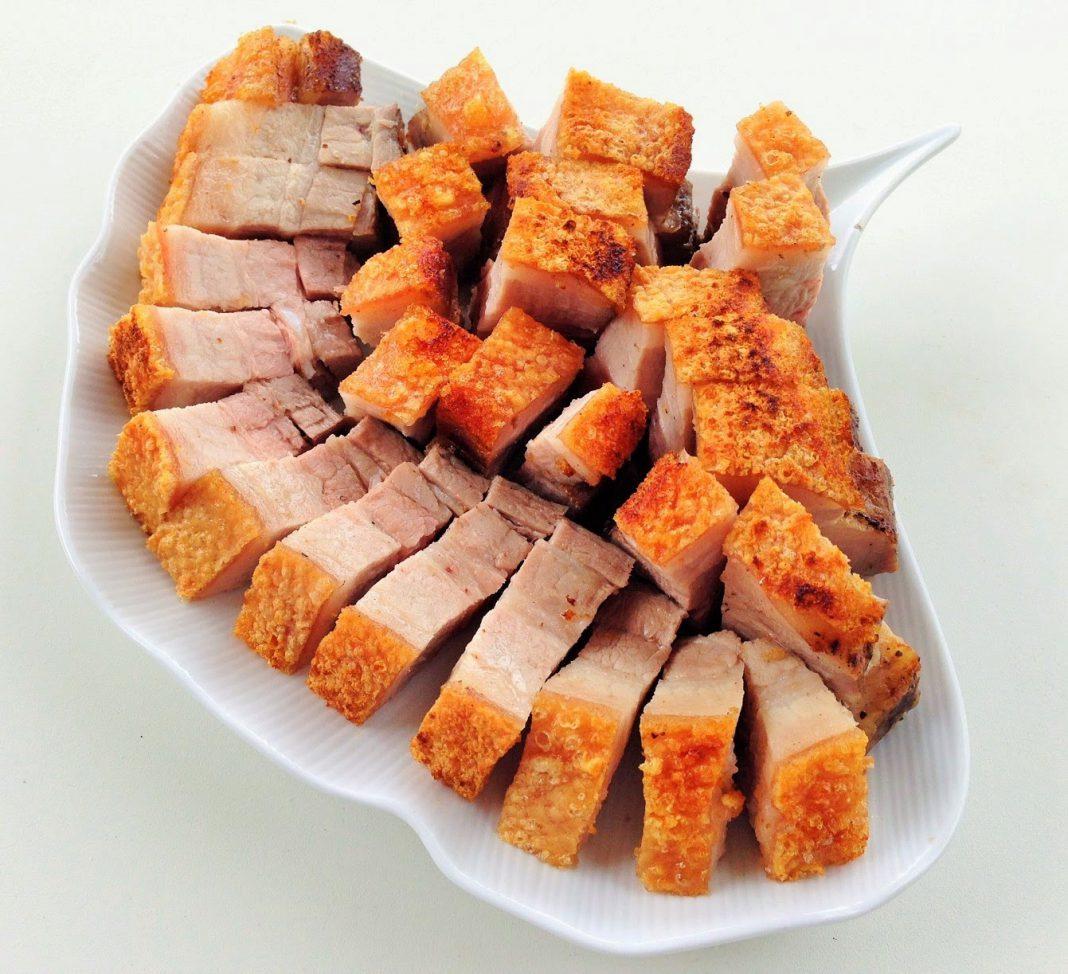 Cách làm thịt heo quay da giòn giòn cho bữa cơm chiều thêm ngon